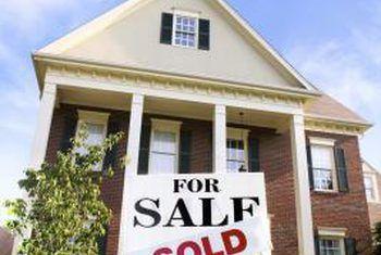 ¿Puedo vender mi casa sin informar a mi proveedor hipotecario?