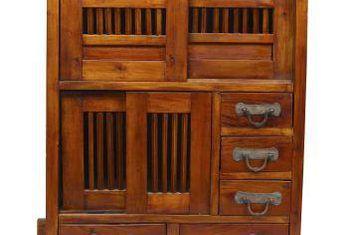 Cómo construir un compartimento secreto en un cajón
