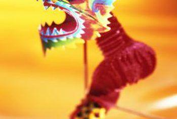 Cómo hacer una decoración de dragón chino