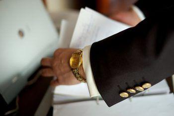 ¿Cuáles son los requisitos mínimos para obtener un préstamo hipotecario va?